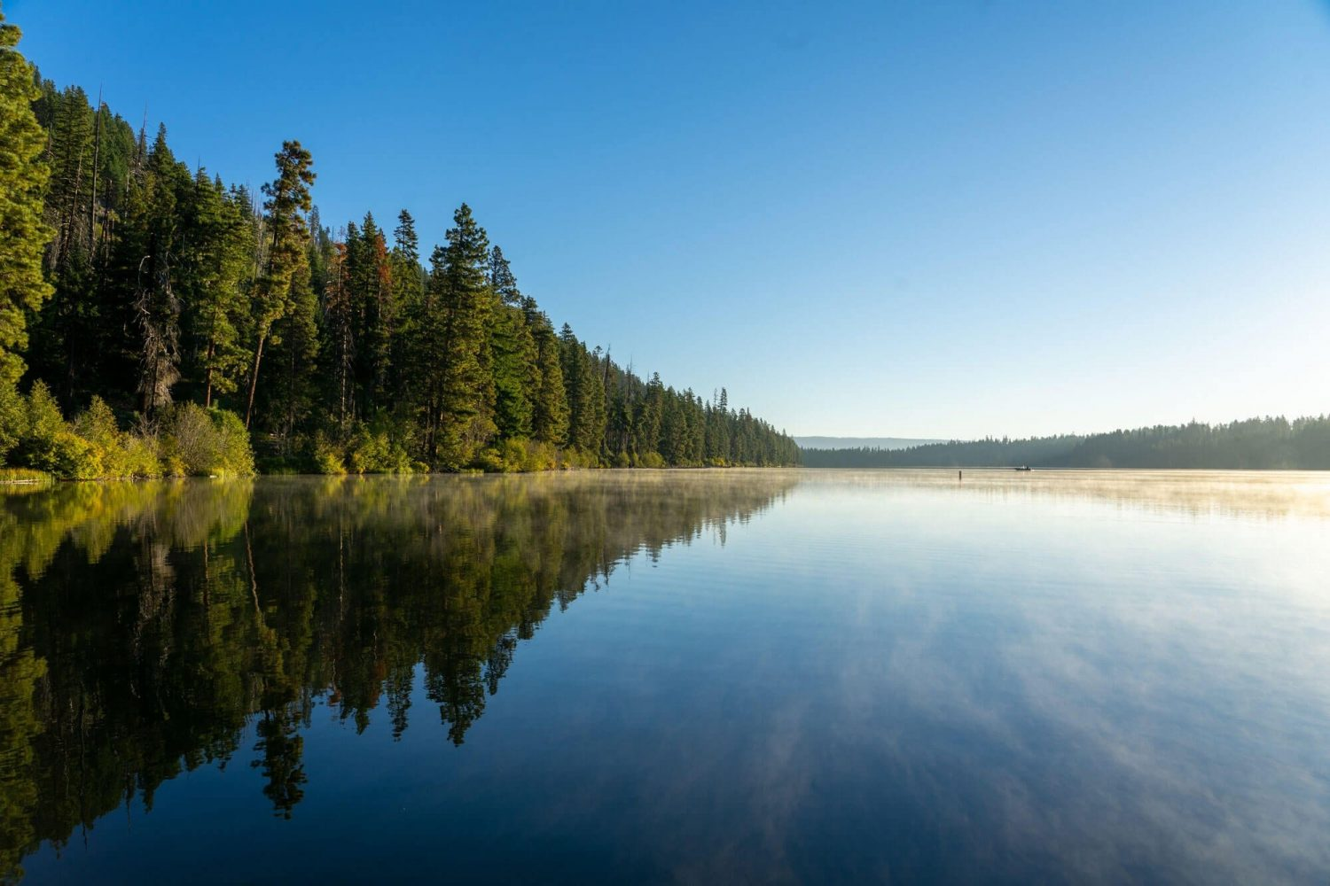 Suttle Lake - Top 10 Central Oregon Winter Hikes