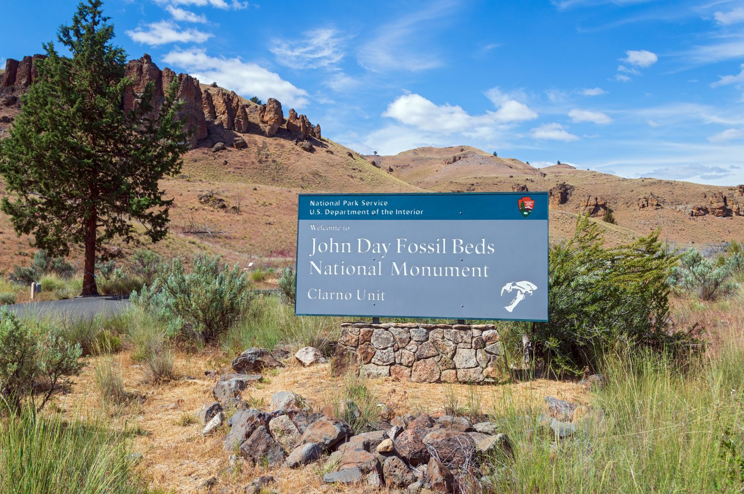 John Day Fossil Bed Travel Information Provided by Happy Campers RV Rentals