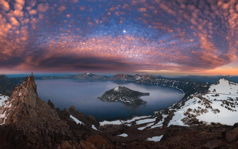 Crater Lake National Park, view of Crater Lake at sunset