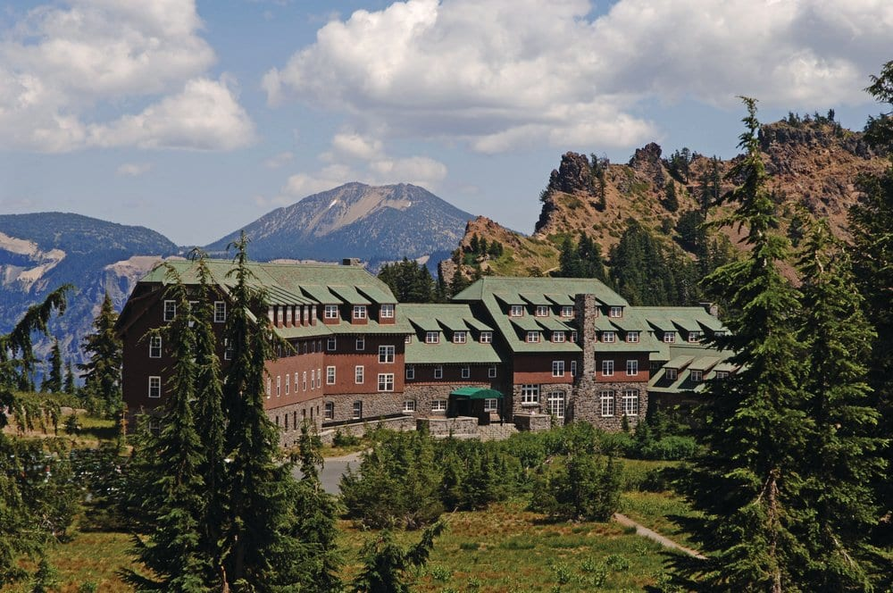 Photo of Crater Lake Lodge by Matthew Staver